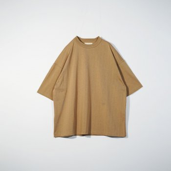 <img class='new_mark_img1' src='https://img.shop-pro.jp/img/new/icons14.gif' style='border:none;display:inline;margin:0px;padding:0px;width:auto;' />YOKE/ OVERSIZED INSIDE-OUT T-SHIRT