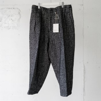 <img class='new_mark_img1' src='https://img.shop-pro.jp/img/new/icons14.gif' style='border:none;display:inline;margin:0px;padding:0px;width:auto;' />ANCELLM / WOOL HERRINGBONE WIDE PANTS