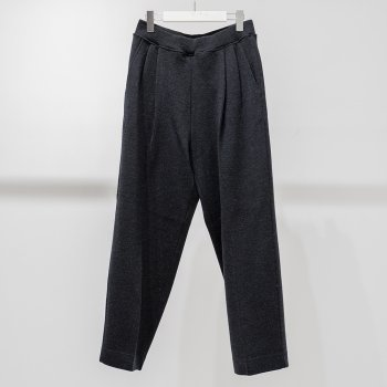 <img class='new_mark_img1' src='https://img.shop-pro.jp/img/new/icons14.gif' style='border:none;display:inline;margin:0px;padding:0px;width:auto;' />scair / NO.3 DRESS KNIT TROUSERS