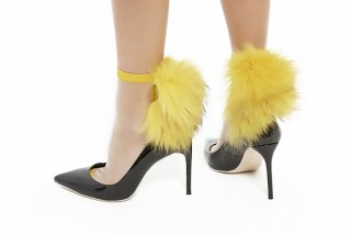 SEE-THROUGH<br>RACCOON FUR SC<br>YELLOW×YELLOWの商品画像