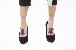 SEE-THROUGH ARROW SOCKS<br>GRAY×PURPLE<img class='new_mark_img2' src='https://img.shop-pro.jp/img/new/icons20.gif' style='border:none;display:inline;margin:0px;padding:0px;width:auto;' />の商品画像