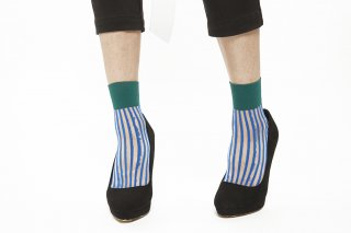 STRIPED SEE-THROUGH SOCKS<br>BLUE×GREEN<img class='new_mark_img2' src='https://img.shop-pro.jp/img/new/icons20.gif' style='border:none;display:inline;margin:0px;padding:0px;width:auto;' />の商品画像