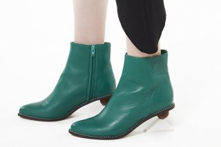 【FLEI】TRIANGLE HEEL BOOTS<br>GREEN×WHITEの商品画像
