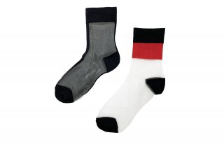 <b><font color='red'>NEW</font></b><br>ASYMMETRIC LINED SEE-THROUGH SOCKS<br>REDの商品画像