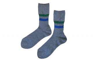 <img class='new_mark_img1' src='https://img.shop-pro.jp/img/new/icons5.gif' style='border:none;display:inline;margin:0px;padding:0px;width:auto;' />GLITTER LINED SOCKS<br>SILVERの商品画像