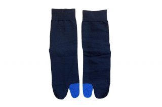 <img class='new_mark_img1' src='https://img.shop-pro.jp/img/new/icons5.gif' style='border:none;display:inline;margin:0px;padding:0px;width:auto;' />COLOR BLOCK TABI SOCKS<br>BLUEの商品画像