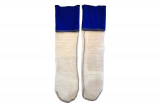<img class='new_mark_img1' src='https://img.shop-pro.jp/img/new/icons5.gif' style='border:none;display:inline;margin:0px;padding:0px;width:auto;' />LIBBED TULLE SHEER SOCKS<br>BLUE×BEIGEの商品画像