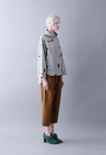 backside print pullover