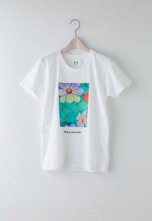 float flower t-shirt
