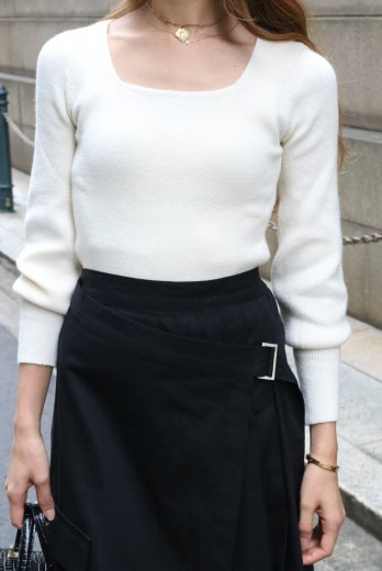 square neck compact rib knit tops / white