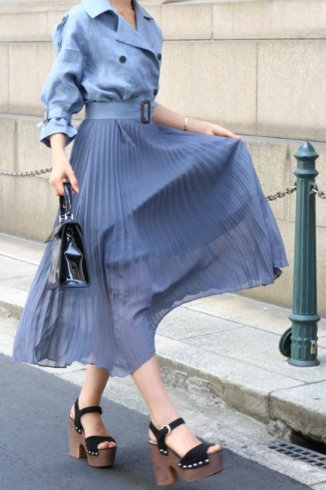 <img class='new_mark_img1' src='https://img.shop-pro.jp/img/new/icons57.gif' style='border:none;display:inline;margin:0px;padding:0px;width:auto;' />trench pleats dress (belt set) / navy
