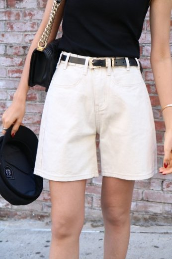 <img class='new_mark_img1' src='https://img.shop-pro.jp/img/new/icons20.gif' style='border:none;display:inline;margin:0px;padding:0px;width:auto;' />waist adjust cotton short pants / ivory