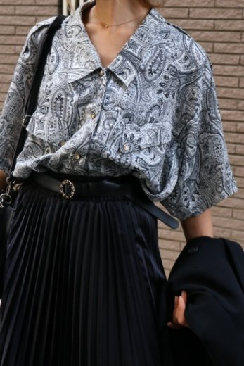 【vintage】front shell button paisley pattern blouse
