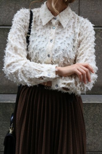 front shell button fringe blouse / ivory
