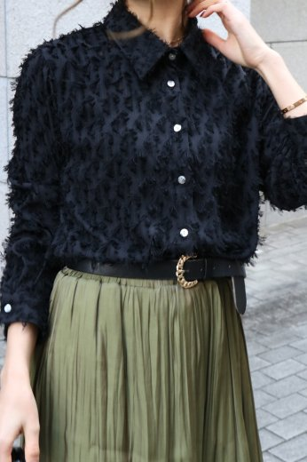 front shell button fringe blouse / black