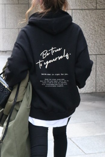 <img class='new_mark_img1' src='https://img.shop-pro.jp/img/new/icons57.gif' style='border:none;display:inline;margin:0px;padding:0px;width:auto;' />original embroidery hoodie / black