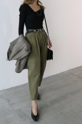 cotton tapered pants / khaki