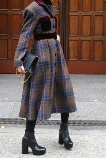 <img class='new_mark_img1' src='https://img.shop-pro.jp/img/new/icons57.gif' style='border:none;display:inline;margin:0px;padding:0px;width:auto;' />open collar tartan check pattern coat dress (belt set) / khaki