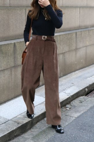 corduroy tuck wide pants / brown