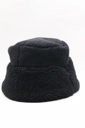 boa bucket hat / black