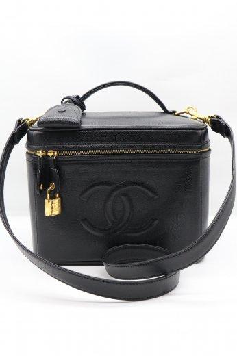 【vintage】CHANEL / caviar skin leather COCO mark stitch vanity bag / black