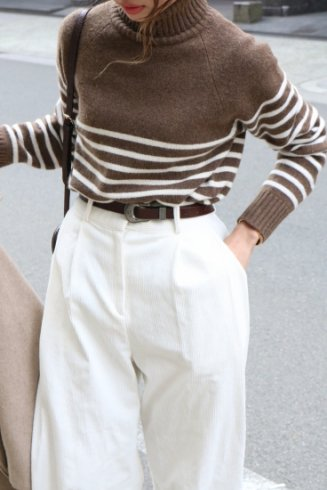 <img class='new_mark_img1' src='https://img.shop-pro.jp/img/new/icons20.gif' style='border:none;display:inline;margin:0px;padding:0px;width:auto;' />cashmere mix turtle neck stripe pattern bicolor knit tops