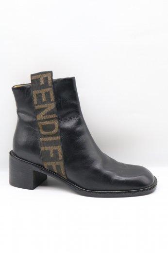 【vintage】FENDI / side logo tape leather short boots