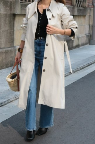 <img class='new_mark_img1' src='https://img.shop-pro.jp/img/new/icons57.gif' style='border:none;display:inline;margin:0px;padding:0px;width:auto;' />square storm shield balmacaan coat (belt set) / ivory