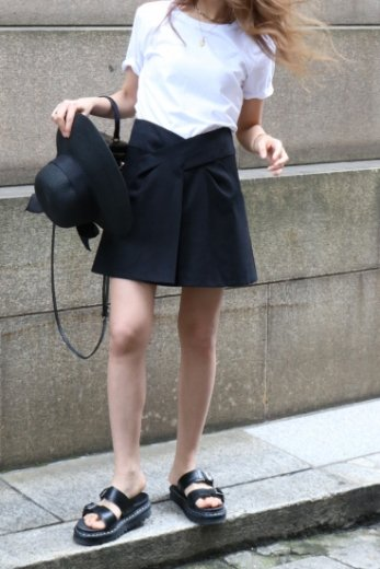 【vintage】KENZO / front cross design center tuck cotton mini skirt