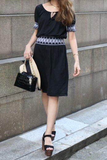 【vintage】agnesb. / front tassel ribbon waist shirring black flare dress