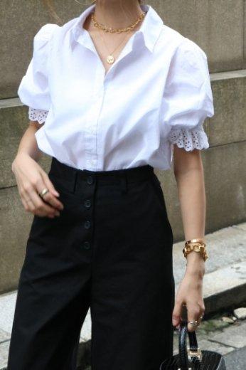 lace circular cuffs cotton blouse / white