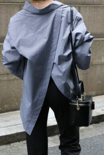 back open wide sleeves fishtail blouse / check