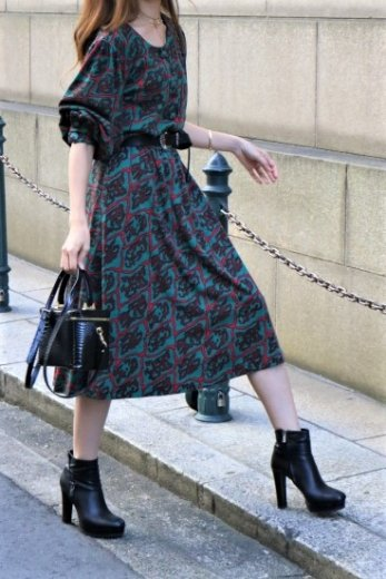 【vintage】Yves Saint Laurent / patterned all over round neck tops & flare skirt set up