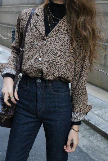 open collar leopard blouse / brown