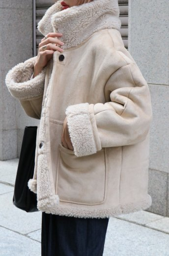 """<img class='new_mark_img1' src='https://img.shop-pro.jp/img/new/icons57.gif' style='border:none;display:inline;margin:0px;padding:0px;width:auto;' />2way reversible boa jacket / """"suede×boa"""" / beige"""