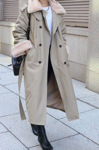 <img class='new_mark_img1' src='https://img.shop-pro.jp/img/new/icons57.gif' style='border:none;display:inline;margin:0px;padding:0px;width:auto;' />fake fur collar waist ribbon long trench coat / beige