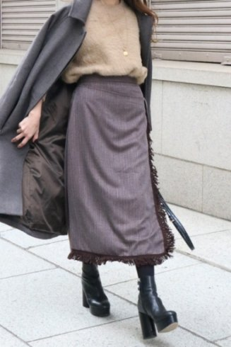 <img class='new_mark_img1' src='https://img.shop-pro.jp/img/new/icons14.gif' style='border:none;display:inline;margin:0px;padding:0px;width:auto;' />fringe piping wrap like tight skirt / brown