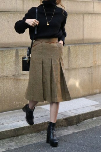 【vintage】Christian Dior / fake leather piping box pleats tweed skirt