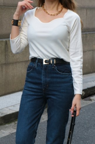 heart cut neck rib knit tops / white