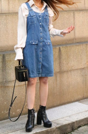 <img class='new_mark_img1' src='https://img.shop-pro.jp/img/new/icons14.gif' style='border:none;display:inline;margin:0px;padding:0px;width:auto;' />【vintage】 round neck button down denim jumper skirt
