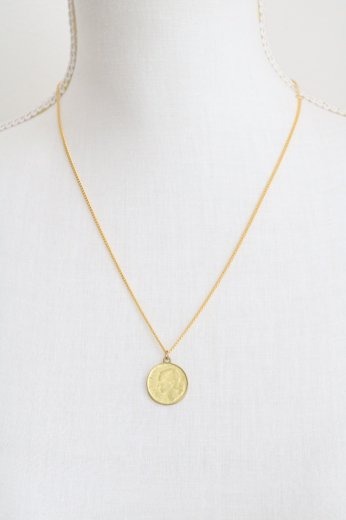 flat link chain coin necklace