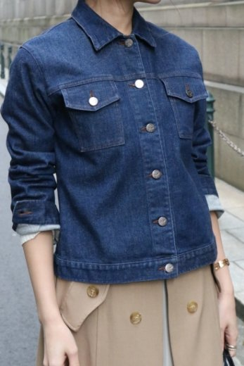 <img class='new_mark_img1' src='https://img.shop-pro.jp/img/new/icons14.gif' style='border:none;display:inline;margin:0px;padding:0px;width:auto;' />【vintage】MCM / logo button stretch denim jacket