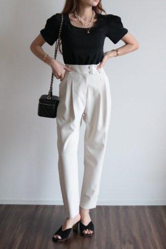 wide waist band front tuck slacks / light beige