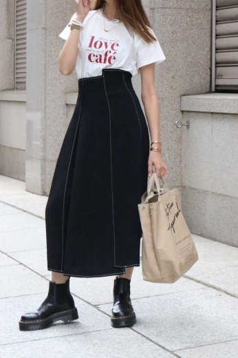 <img class='new_mark_img1' src='https://img.shop-pro.jp/img/new/icons14.gif' style='border:none;display:inline;margin:0px;padding:0px;width:auto;' />high waist stitch asymmetry flare skirt / black