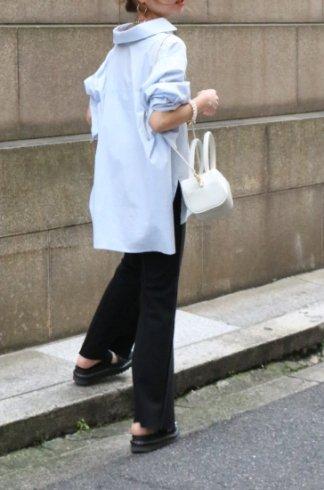 fishtail basic cotton shirt / light blue