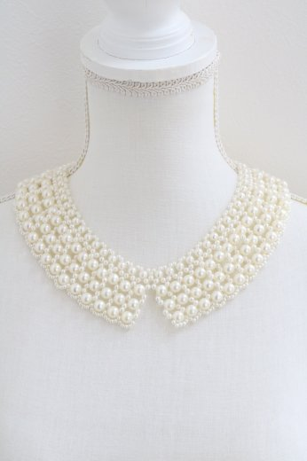 <img class='new_mark_img1' src='https://img.shop-pro.jp/img/new/icons14.gif' style='border:none;display:inline;margin:0px;padding:0px;width:auto;' />short point pearl decoration detachable collar
