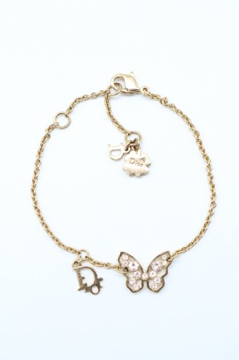 <img class='new_mark_img1' src='https://img.shop-pro.jp/img/new/icons14.gif' style='border:none;display:inline;margin:0px;padding:0px;width:auto;' />【vintage】Christian Dior / butterfly motif CD logo charm chain bracelet