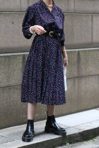 【vintage】80's triangle collar gold button dot flare dress