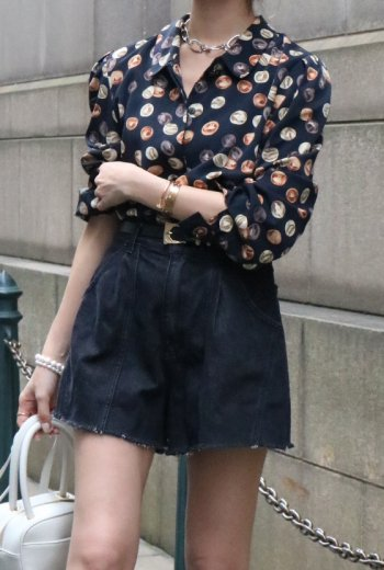 【vintage】round collar fly front button marble dot blouse