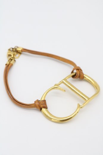 <img class='new_mark_img1' src='https://img.shop-pro.jp/img/new/icons14.gif' style='border:none;display:inline;margin:0px;padding:0px;width:auto;' />【vintage】Christian Dior / CD logo leather combination bracelet